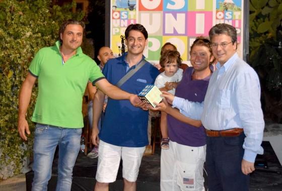 Premiazione con Il vice sindaco Guglielmo Cavallo